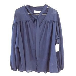 3/$29 Time and tru tie front top relaxed fit navy